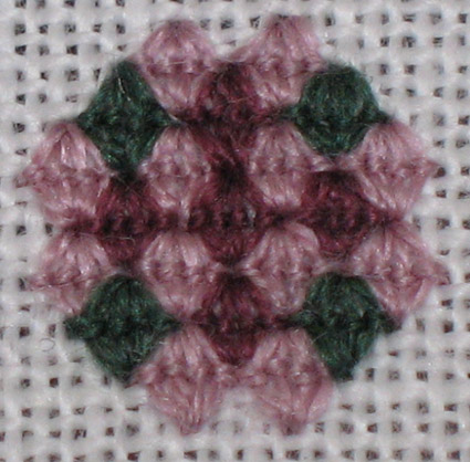 wip-11-13-07-queen-stitch-flower-425.jpg